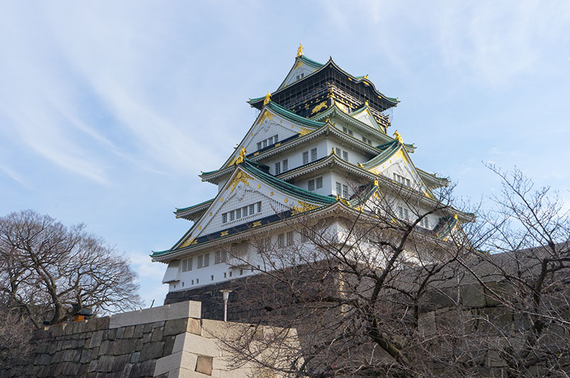 The palace and the keep of Osaka Castle